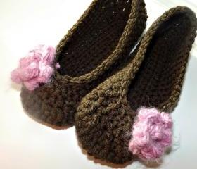 Crochet slippers in chocolate brown with pink rose, so soft and comfy perfect Christmas gift SHIPS TODAY