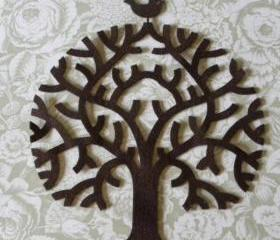 Applique Tree on felt with a little bird 9 inch hight
