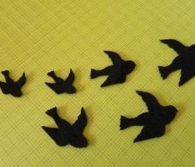15 felt birds in 3 sizes
