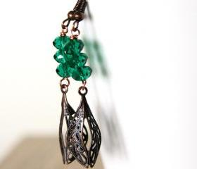 emerald green earrings with copper leaves - glass beads