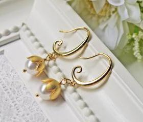 White Pearl Earrings. Matte Gold Lily Of The Valley. Wedding Jewelry