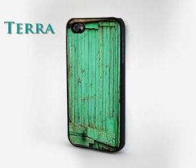 iPhone 5 case - Old Green FenceWood Effcet cases, wood iphone case