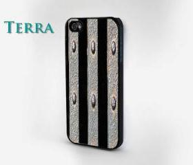 Metal on Wood Design - iphone 5 cases Cool iPhone Cases- Cool iPhone Cases