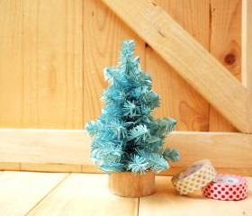 Small Christmas tree, Pastel Green