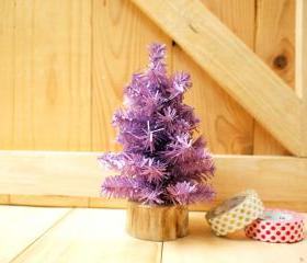 Small Christmas tree, Purple