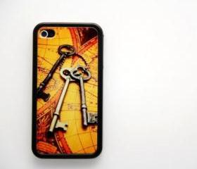 Antique keys and map iPhone 4 and iPhone 4S Case