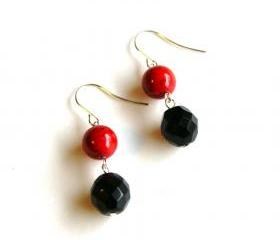 Cranberry and Black Beaded Earrings