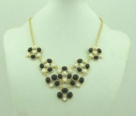 Black necklace, handmade bib Necklace/Statement Bubble Necklace,bridesmaid gifts,Beaded Jewelry