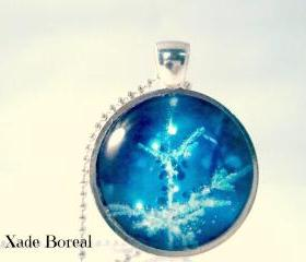 Christmas tree glass pendant necklace