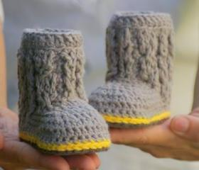 Crochet Patterns - Baby Cable Boots - Baby Booties PATTERN number 107