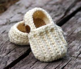 Easy on Loafers Crochet Pattern - Crochet Pattern 104