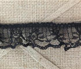 4 yards - 1 1/4 in. Ruffled Black Flower Lace trim