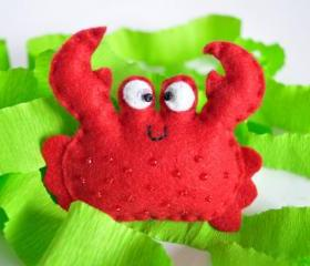 Felt brooch, red crab, sea creature, beads, gift, present