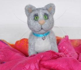 Needle felted gray cat, kitty, striped cat, wool toy, gift, present