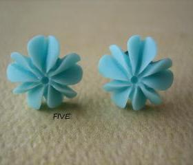 Mini Coral Sponge Earrings - Light Blue - Jewelry by FIVE