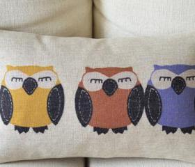 Owls Print Decorative Pillow (C)