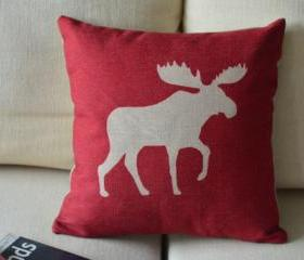 Elk Print Decorative Pillow (red)
