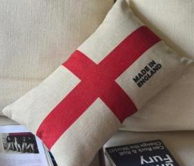 England Print Decorative Pillow