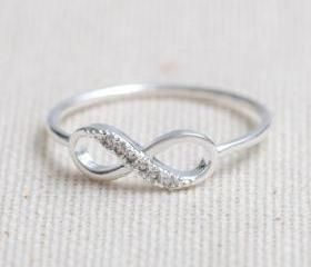 US 6 Size-delicate Infinity ring in silver-Only