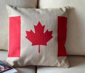 Canadian Flag Print Decorative Pillow