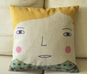 Blonde Boll Print Decorative Pillow