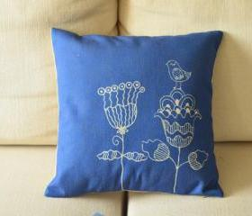 Blue Flower Print Decorative Pillow
