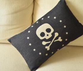 The Skull Print Decorative Pillow