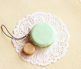 Macaron Keychain - Macaron Phone Charm Bag Charm - Pistachio and Hazelnut Chocolate Macaron