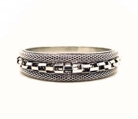 Retro Silver Checkered Bangle