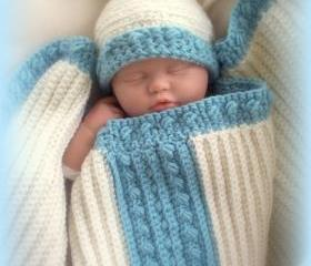 Baby Receiving Blanket and pom pom crochet hat