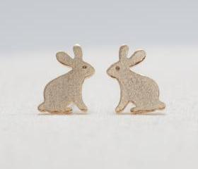 Brushed Bunny Earrings in gold