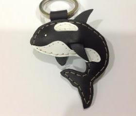 Bob the Killer Whale Leather Keychain ( Black )