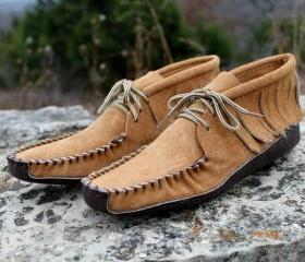 Womans Batwing Moccasin with Fringe