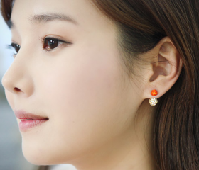 Fashion personality lovely contrast size ball earrings