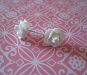 White Flower Post Earrings