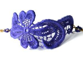 Purple Vintage Bracelet Lace Cuff Vintage Lace Jewelry Italian Fashion Jewelry Upcycled Jewellery Unique Jewelry Handmade by SteamyLab.