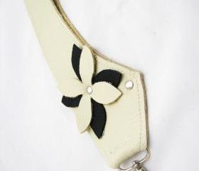 Leather key fob , Off white key accessory
