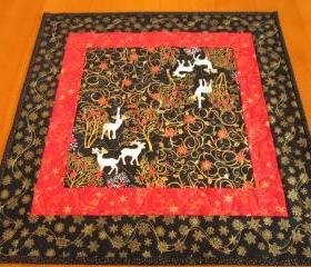Christmas Table Topper Reindeer Square