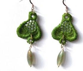 Green Vintage Lace Earrings. Hook Earrings. Hand dyed Green Lace. Unique Jewelry. Made in Italy. Handmade by SteamyLab.