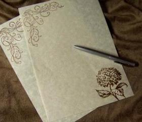 Hydrangea - Stationary Set - 30 Gorgeous Parchment Sheets - 30 Matching Envelopes