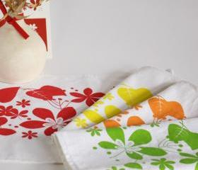 Four Linen Placemats hand printed with colorful leaves - set of 4