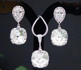 Wedding Bridal Jewelry Bridal Earrings Bridesmaid earrings Cubic zirconia earrings with clear white Swarovski square drops