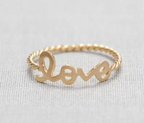 US 6 Size-LOVE word ring in Gold