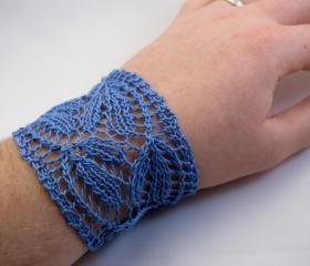 Bellflowers - Lace Bracelet - Bluebells