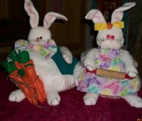 Easter Bunny Rabbit Couple