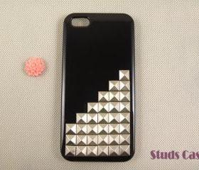 iPhone 5 case, studded iPhone 5 case, silver pyramid studs iPhone 5 case, custom iPhone 5 case, unique iPhone 5 case cover