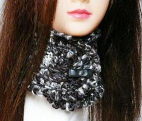 Black white wool neckwarmer Crochet women scarf