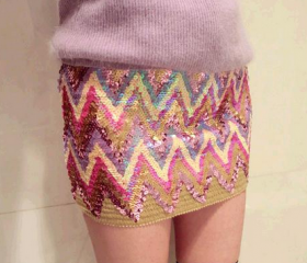Shinning ZigZag Pattern Sexy Skirt in Pink