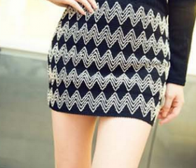 Sexy Zigzag Print Bodycon Skirt in Black