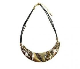 Ethnic Etched Zebra Pattern Collar Necklace